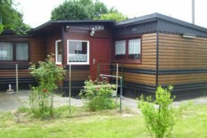 Holzhaus - sehr gepflegt in Jeversen frei !!